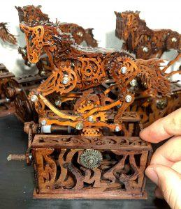 木馬のからくり玩具